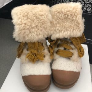 Chloe Eden Shearling boots new 38/8